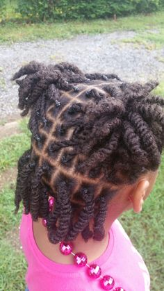 Twist by me Lil Girl Hairstyles, Natural Hairstyles For Kids, Kids Braided Hairstyles, Toddler Hairstyles, Braids For Kids, Girls Braids, Curly Hair Styles, Natural Hair Styles, Kid Braid Styles