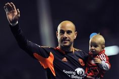 Pepe Reina & Luca are a little more awake than last time we saw them together. But Luca would like to point out that only one of them has more hair.