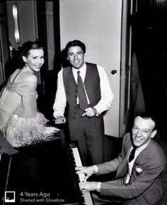 """Ann Miller, Peter Lawford, and Fred Astaire on the set of """"Easter Parade"""", 1948 Hollywood Icons, Golden Age Of Hollywood, Vintage Hollywood, Classic Hollywood, Hollywood Music, Old Movie Stars, Classic Movie Stars, Classic Movies, Patricia Kennedy"""