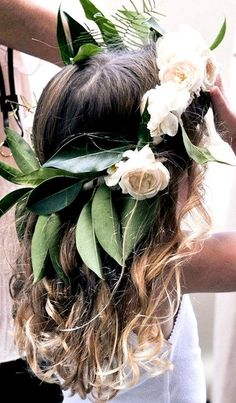 18 boho flower girls who totally nailed their wedding outfits! Flower Girls, Boho Flower Girl, Flower Crowns, Flower Children, Crown Flower, Pretty Hairstyles, Wedding Hairstyles, Sydney Wedding, Dream Wedding