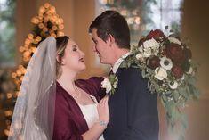 Christmas Wedding | Travis and Haley G Photography