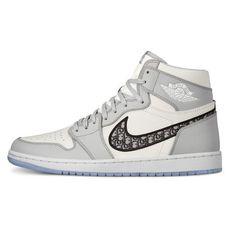 Nike Air Jordans, Nike Jordans Women, Nike Air Max, Nike Air Shoes, Kd Shoes, Nike Socks, Jordan Retro 1, Ar Jordan, Jordan Shoes Girls