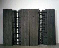 06-039 Architetture n.206, 2006, Cemento e ferro , 253 × 373 × 40 cm