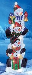 Snowmen outdoor yard decoration stake for your front lawn.