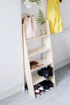 La La Loving Shoe Ladder DIY