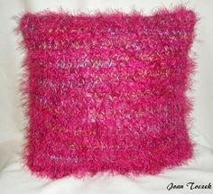 The Knifty Knitter: Throw Pillow Pattern for the Green Round Loom