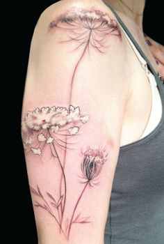 This Queen Anne's Lace was done by Amanda Wachob #ink #tattoo