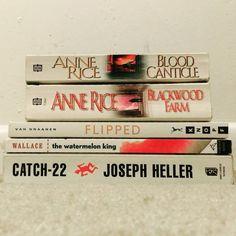 [Mostly] White Books | books, reading, bookstagram