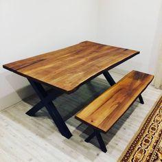 Alaca Ceviz ağacı kütük ağaç yemek masası ve ahşap bank. Naturel koyu yağ uygulaması yapılmıştır.   Ağaç Masa | Kütük Masa | Ahşap Masa | Masif Masa