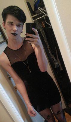 I like the dress not the lipstick. Boys Wearing Skirts, Men Wearing Dresses, Men In Dresses, Petticoated Boys, Feminized Boys, Men In Heels, Transgender Girls, Androgynous Fashion, Playing Dress Up