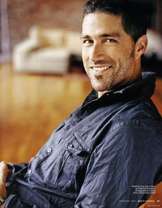 Matthew Fox=hot guys with average looks and dimples Matthew Fox, Look At You, How To Look Better, Pretty People, Beautiful People, Beautiful Celebrities, Serie Lost, Fox Images, Fox Pictures