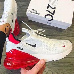 Nike air 270 - Sneakers Nike - Ideas of Sneakers Nike Cute Nike Shoes, Cute Sneakers, Nike Air Shoes, Vans Sneakers, Sneakers Fashion, Sneakers Nike Jordan, Shoes Jordans, Nike Shoes Outfits, Girls Sneakers