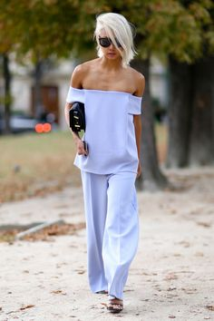 Vanessa Hong, blogger. Paris Fashion Week street style. Photo: Imaxtree