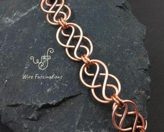 Handmade solid copper bracelet: Celtic chained links - Bracelets The Effective Pictures We Offer You Copper Wire Jewelry, Wire Jewelry Designs, Handmade Wire Jewelry, Copper Bracelet, Celtic Wire Jewelry, Celtic Bracelet, Celtic Necklace, Chainmaille Bracelet, Jewelry Ideas