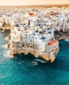 Polignano, Puglia & Italy (Europe) The post Free E-Book: 30 Best Dream Destinations for Travelers appeared first on Trendy. Photos Amsterdam, Amsterdam Travel, Places To Travel, Places To Visit, Couple Travel, Voyage Europe, Destination Voyage, Europe Destinations, Travel Goals