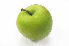 「祝・いわい(青りんご)」 早生種の青リンゴで、長野県ではその年の最初に収穫される品種のりんごです。  夏に出回るので、お盆のお供えにも使用されます。  直径7〜10センチほどで、白い果肉をしています。 ほのかな甘さと酸味の強い、昔ながらの味わいです。