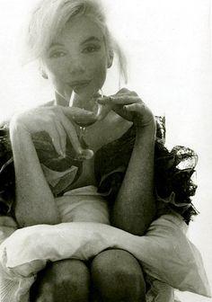 Marilyn Monroe photographed by Bert Stren