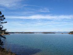 Beautiful 60 degree day on Lake Keowee! What season is this? 60 Degrees, Seasons, Mountains, Day, Nature, Travel, Beautiful, Naturaleza, Viajes