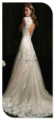 I may not know what dress I will ware when I get married one day, but I know it will be lace!