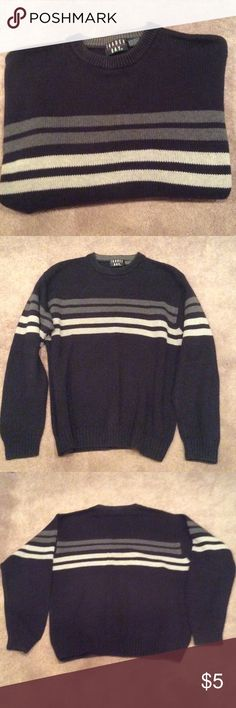 Mens Sweater Very nice condition. Sweaters Crewneck