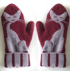 Kitten Mittens    http://www.ravelry.com/patterns/library/kittens-mittens#