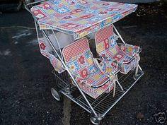 Top of the range pram here! Retro Baby, Vintage Pram, Vintage 70s, Vintage Stroller, Vintage Items, Best Tandem Stroller, Double Baby Strollers, Triplet Babies, Prams And Pushchairs