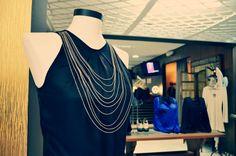 Vestido Monique em destaque na boutique!