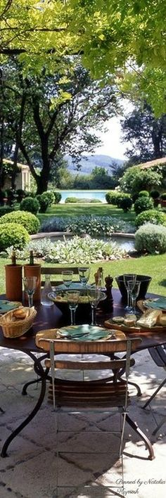 Landscaping is a must if you want a cozy outdoor space that is family and guest friendly! #outdoors #landscape #yards