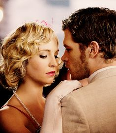 Joseph Morgan and Candice Accola (Vampire Diaries, so cute!)