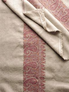 Kashmir Tafta Pashmina Hand Spun Woven Fine Wide Paisley Border Embroidery Shawl by Aditi Paisley Embroidery, Border Embroidery, Hand Embroidery, Embroidery Designs, Kashmiri Shawls, Kashmiri Suits, Monday Outfit, Indian Attire, Indian Wear