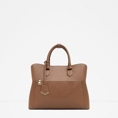 Shop Women's Zara Brown size OS Shoulder Bags at a discounted price at Poshmark. Big Handbags, Luxury Handbags, Fashion Handbags, Tote Handbags, Tote Bags, Ss16, Handbags For School, City Bag, Large Bags