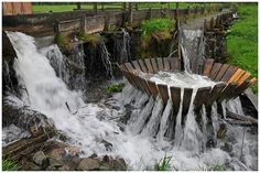 Waterkrachtcentrale Waterfall, It Works, Van, Traditional, Projects, Outdoor, Life, Log Projects, Outdoors