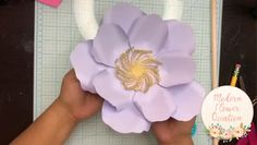 Pin by Modern Flower Creation on Paper Flower Tutorials [Video] Paper Flowers Craft, Paper Flower Wall, Paper Flower Backdrop, Flower Crafts, Diy Flowers, Flower Decorations, Flower Video, Giant Paper Flowers, Paper Flower Tutorial