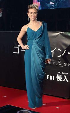 scarlett-johansson-at-ghost-in-the-shell-premiere-shinjuku-ward-tokyo-japan-_7.jpg 1.200×1.923 píxeles