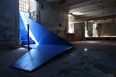ecru architetti: invena the blue staircase to nowhere