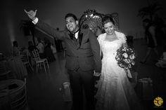 #rosanaevitor #wedding #weddingphotography #weddingphotojournalism #novios #noivos #bride #groom #matrimonio #fotojornalismocasamentosp #buffetsantoantonio #spacotuiuti #fotografiacasamento #vestidodenoiva #weddingdress #sony #a7ii #sonyimages