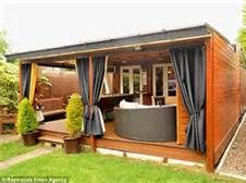 Pimped up shed: Jez Walter spent turning his garden shed into a luxury retreat with a pool table, bar, home cinema and jukebox. backyard shed Outdoor Sheds, Outdoor Rooms, Outdoor Living, Outdoor Lounge, Pub Sheds, Backyard Bar, Building A Shed, Building Plans, Home Cinemas