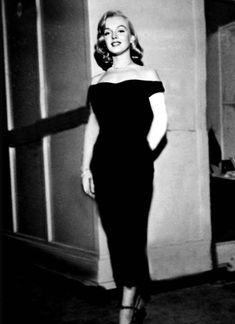 Marilyn Monroe on the set of The Asphalt Jungle, 1950.