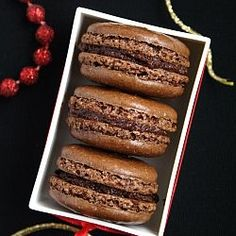 DB, October 2009 - Chocolate French Macarons