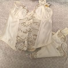 White and gold 2 piece Christian Dior lingerie set Beautiful white and gold  sexy lingerie set Christian dior  Intimates & Sleepwear Bras