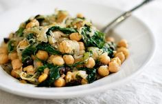 Sicilian Chickpeas with Escarole and Caramelized Onions