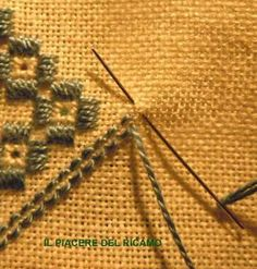 The pleasure of embroidery: Hardanger- Il Piacere del ricamo: Hardanger The pleasure of embroidery: Hardanger - Embroidery Designs, Types Of Embroidery, Embroidery Needles, Learn Embroidery, Hand Embroidery, Swedish Embroidery, Modern Embroidery, Hardanger Embroidery, Foundation Paper Piecing