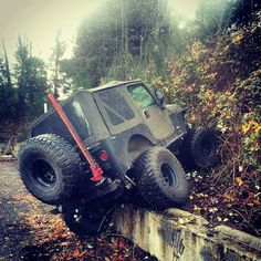 Jeep up the wall ...