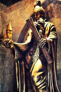 A statue inside Hogwarts at the Wizarding World of Harry Potter (by Marie's Shots)