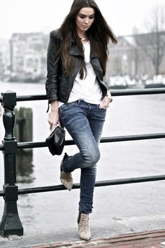 classic combo of the moto jacket, jeans, and a white tee