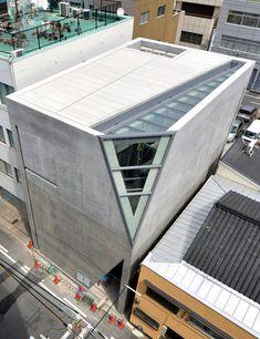 tadao ando: kamigata rakugo storyteller's association hall, osaka - 恭旻 楊 - Japan Architecture Modern, Concrete Architecture, Futuristic Architecture, Sustainable Architecture, Amazing Architecture, Architecture Design, Concrete Building, Minimalist Architecture, Building Architecture