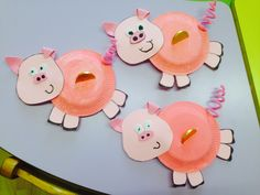 Piggy bank with paper plate animal Farm Animal Crafts, Pig Crafts, Paper Plate Crafts For Kids, Paper Crafts, Diy Paper, Piggy Bank Craft, Art N Craft, Classroom Crafts, Camping Crafts