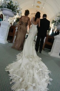 Jaton Couture - I wish I could see the front of this dress
