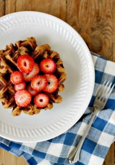 flourless plantain waffles- dont' have waffle iron but I could make pancakes.