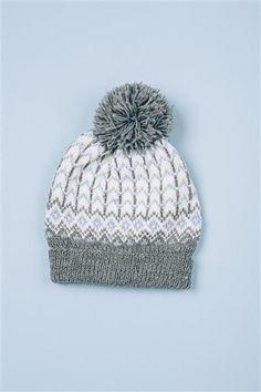 "Tema 38: Modell 11 ""Hockey"" lue #norsk #klassiker #strikk #knit"